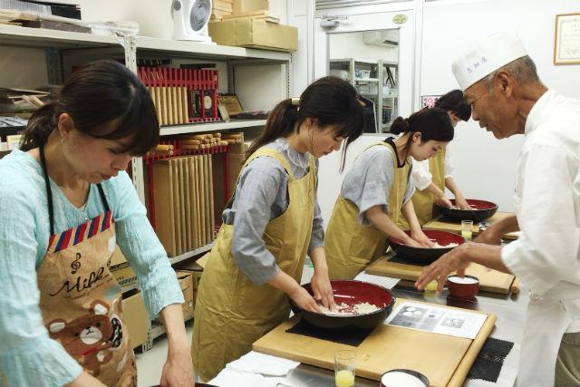 【京都市・そば打ち体験】「現代の名工」が教えます!そば打ち体験(少人数向け)