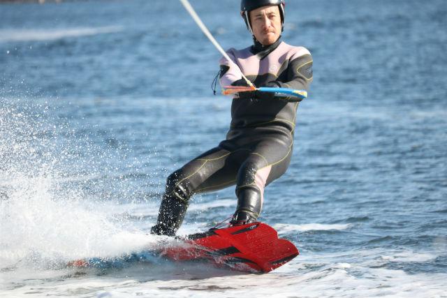 【静岡・浜名湖・ウェイクボード】3種類のマリンスポーツで遊べるよくばり体験コース!