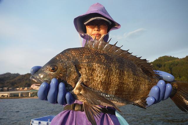 漁師しか行けないスポットで魚釣りをしよう
