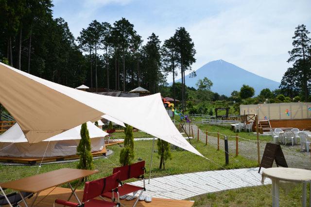 【静岡・富士宮市・キャンプ】富士山が見える牧場で、グランピング体験!(BBQ付き)