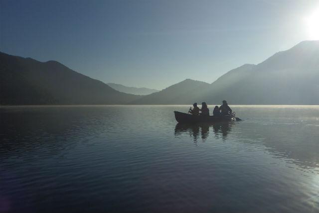 【山梨・西湖・カヌー】清々しい朝をむかえよう!モーニングカヌー(7:00開催)