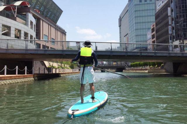 【福岡市・SUP】都心でウォータースポーツができる!HOLIDAY SUP