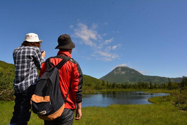 【北海道・知床・トレッキング】本州の標高2,000メートル級!羅臼湖登山道トレッキング