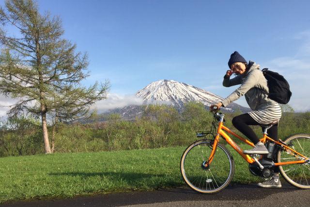【ニセコ・サイクリング】ニセコの自然を感じるサイクリング!e-bikeツアー