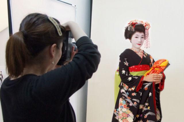 【京都市・舞妓体験】メイク・着付け・撮影はおまかせ!舞妓体験プラン(写真3枚)