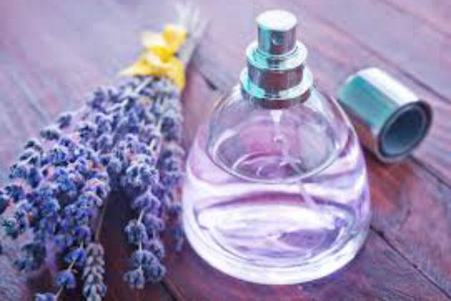 【京都・アロマ体験】アロマの香りに癒やされる。ルームスプレー