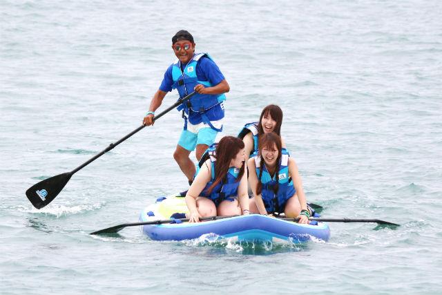 【沖縄・SUP】皆で乗れば、もっと楽しい!Medium SUP