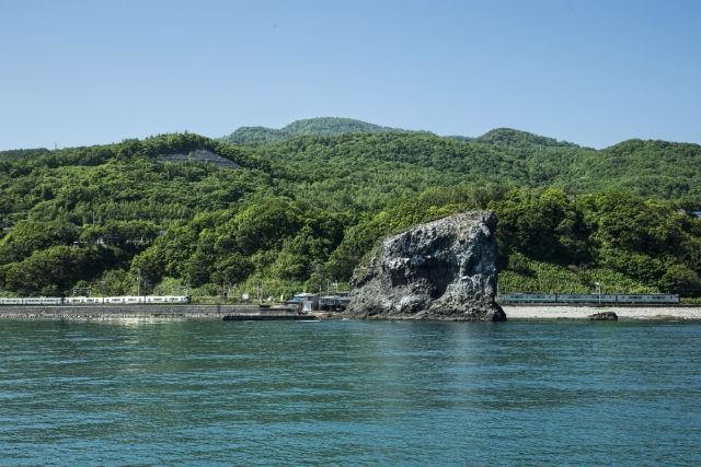 【北海道・小樽・クルージング】秘境の海岸線を巡ろう!恵比須島コース