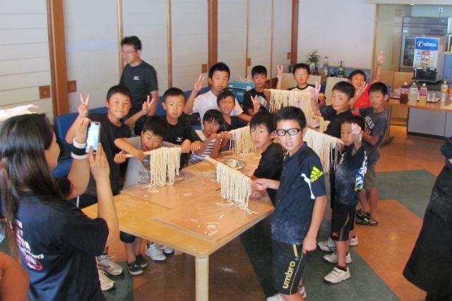 【香川・さぬき市・料理体験】ソウルフードのうどんを手作り!粉から作る本格コース