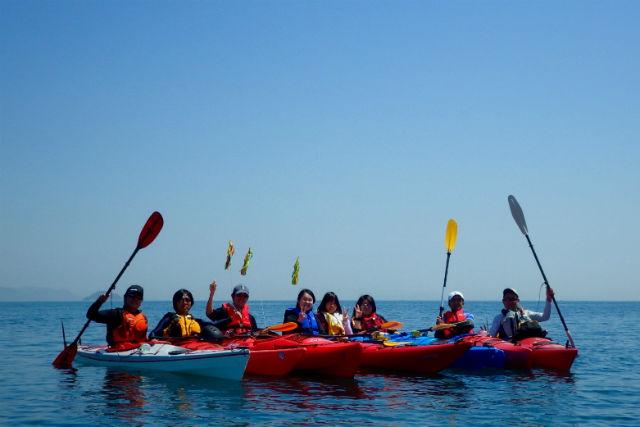 【愛媛・シーカヤック】瀬戸内海のほぼ中央で開催!体験カヤックツアー(半日コース)