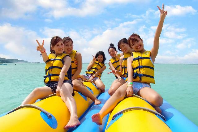 【白浜・和歌山・バナナボート】南紀白浜で女子旅!スリル&スピードの濡れないバナナボート