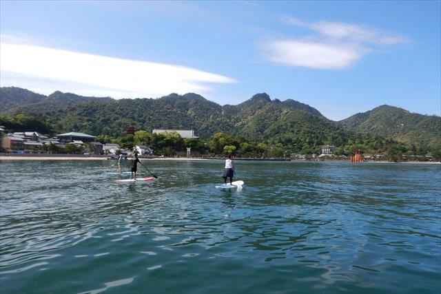 【広島・SUP】世界遺産の海をクルージング!宮島・SUP体験スクール(半日)