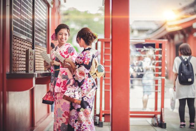 【京都・着物レンタル】京都駅で着付け完了!らくらく着物観光へ