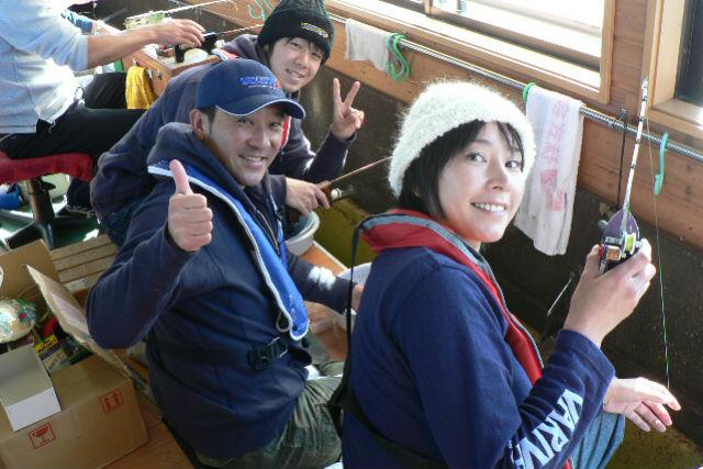 【山梨・山中湖・ワカサギ釣り】ドーム船でワカサギ釣り(道具レンタル無料・暖房完備)