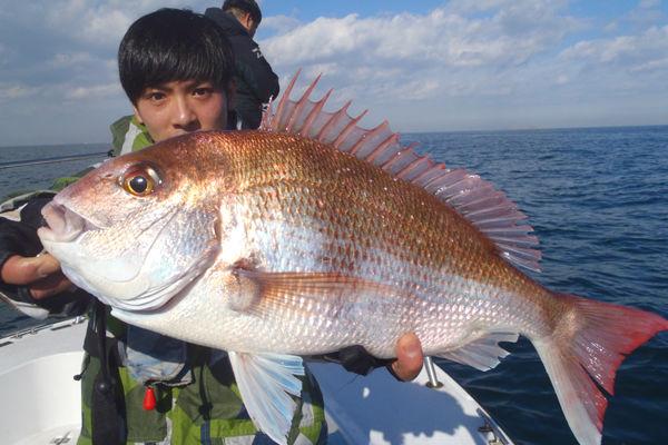 【東京・大田区・釣り体験】たっぷり8時間コース!東京湾で真鯛釣り!