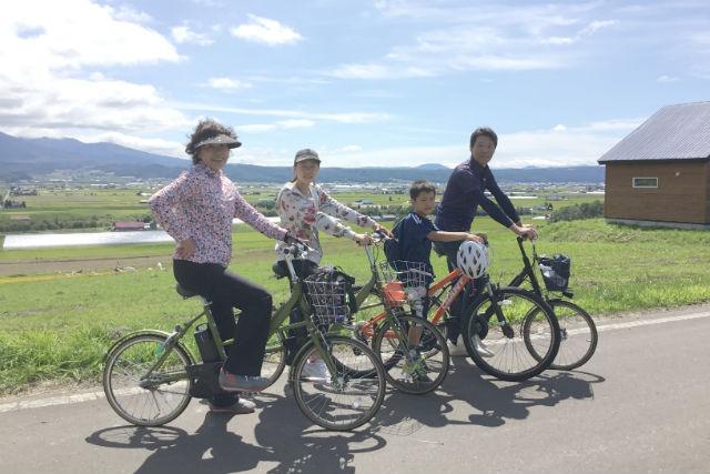 【北海道・富良野・サイクリング】電動自転車でラクラク!ラベンダーツーリング