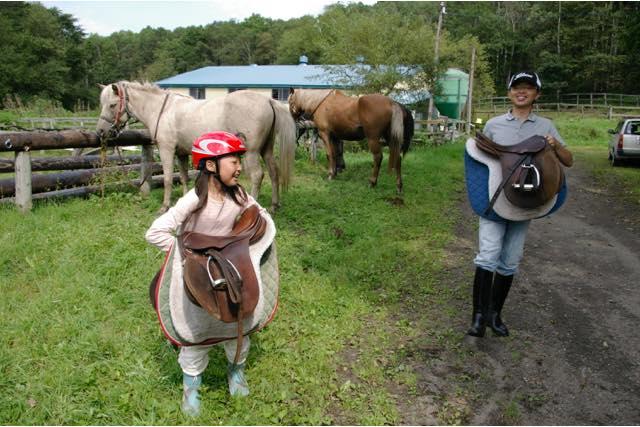 【北海道】馬のお世話&外乗付き!初心者Bコース(2時間)