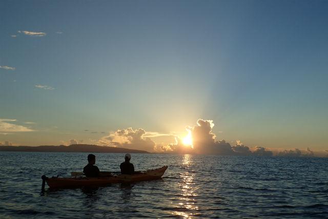 【石垣島・カヤック】癒しの景色満載!夕暮れシーカヤックツアー