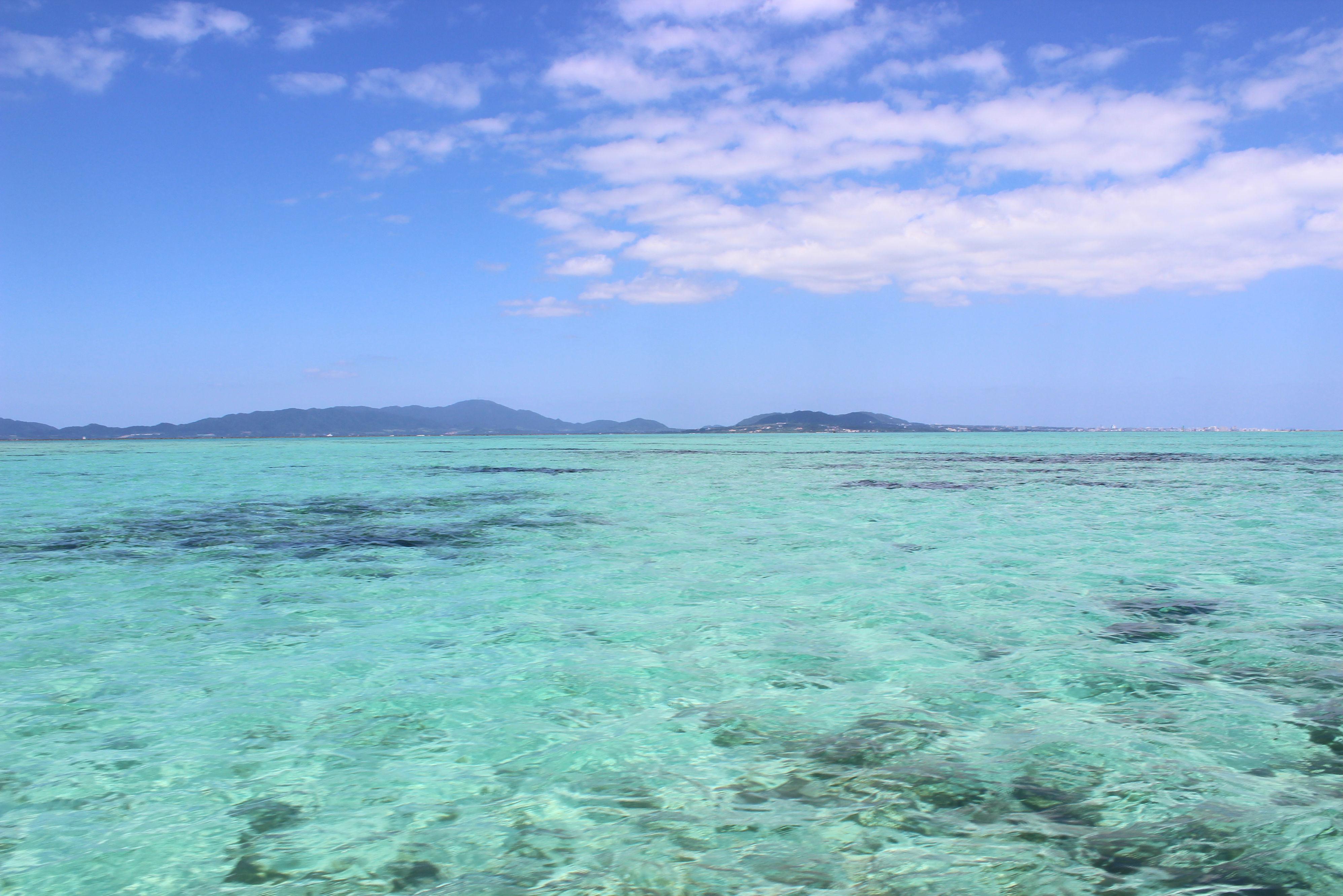 【沖縄・クルージング】潮風が気持ちいい!ヨットクルージング3時間