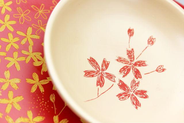 【香川・高松・伝統工芸】漆器に好きな絵柄を彫ってみよう!彫漆体験・お皿コース