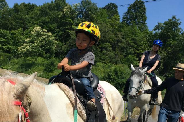 【岡山・和気郡】馬に乗ってお散歩。山コース(乗馬時間:60分)