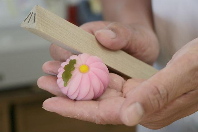 【東京・調布市】創業140年の老舗で、和菓子作り