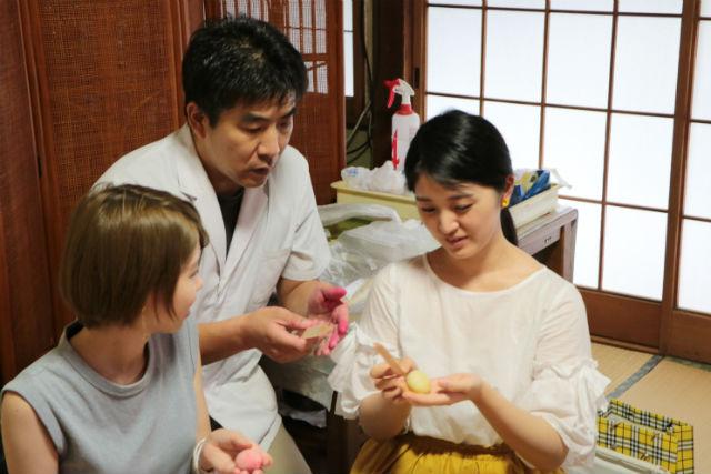 【東京・調布市】歴史あるお寺の中で、和菓子作り&茶道体験