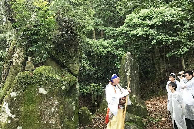 【山口・ガイドツアー】パワースポット・高滝山!身も心も浄化する山伏修行体験