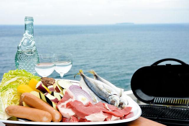 【静岡・熱海・BBQ】熱海の自然で遊ぶ!オーシャンビューを見ながらBBQ(食材用意済み)