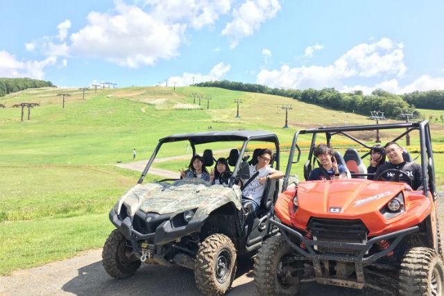 【岐阜・ひるがの高原・バギー】子供も乗れる4人乗りバギーで、白山連峰一望の絶景へ(1時間)