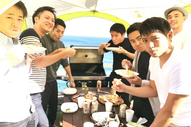 【静岡・熱海市・料理体験】熱海の自然で遊ぶ!オーシャンビューで手づくりピザを焼こう!