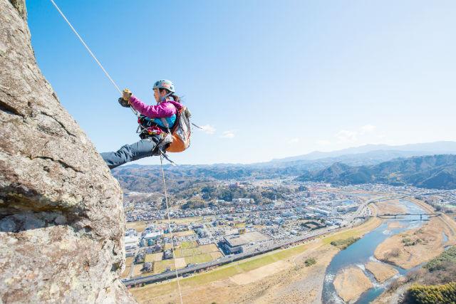 【静岡・伊豆市・ラペリング】まるでプロのレスキュー隊!城山でラペリング体験