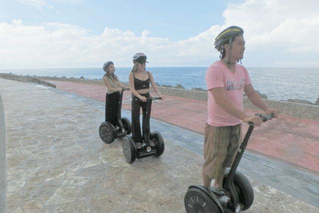 【沖縄・宜野湾・セグウェイ】トロピカルビーチ沿いセグウェイツアー60分コース