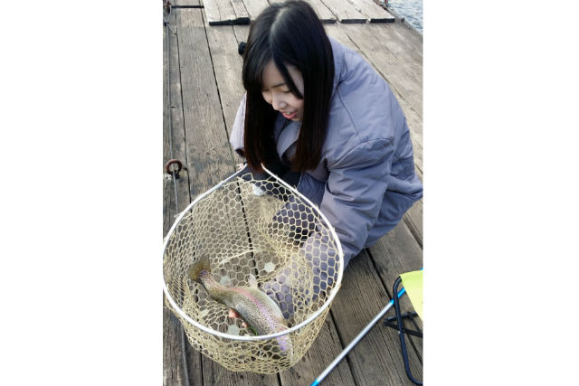 【三重・釣り(初心者)体験】釣った魚は驚きの大きさ!初心者エサ釣り体験(1時間)