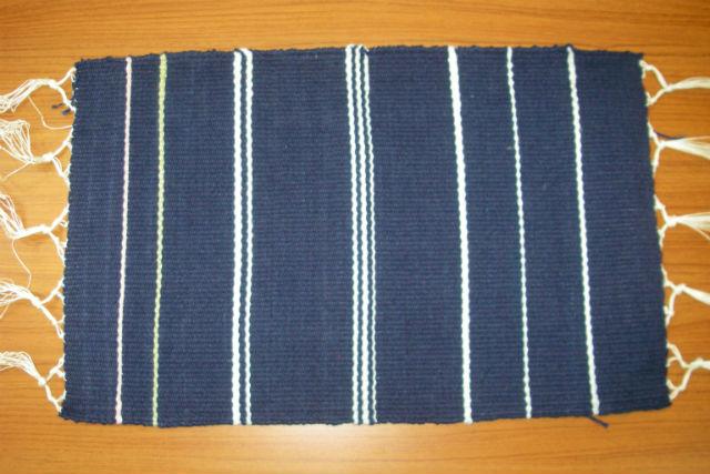 【徳島・美馬・機織り体験】絹糸で機織り体験!コースターなど作れます!