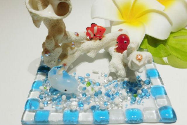 【沖縄・石垣島・マリンクラフト】立体的な仕上がりに!珊瑚デコレーション
