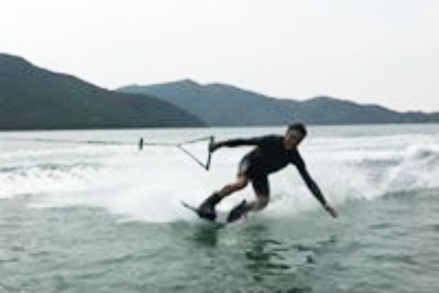 【岡山・備前・ウェイクボード】フライボード体験付き!ウェイクボード