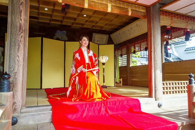 【大分・中津・変身写真】奥平神社でお姫様体験!セルフ変身写真(ランチ付き)