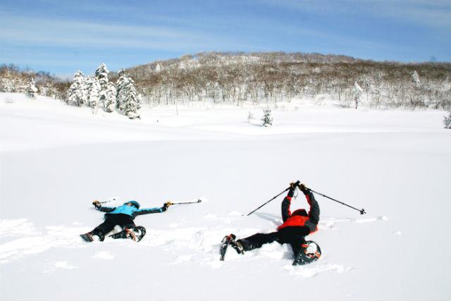 【北海道・登別・スノーシュー】一面の白銀世界へ!スノーシューをはいて樹氷を見よう