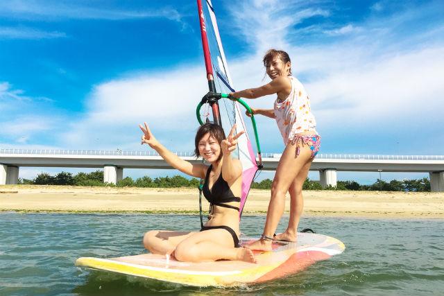 【大阪・ウィンドサーフィン】午前&午後でたっぷり練習!1日体験スクール