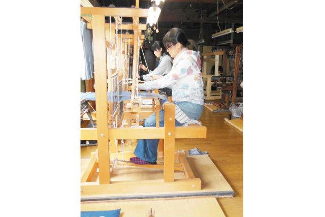 【石川・羽咋・機織り体験】伝統的な麻織物の能登上布を使用!体験織りプラン