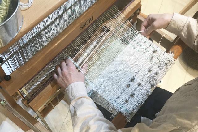 【東京・江古田・手織り体験】感性で織る!手織りマフラー(約4時間30分)
