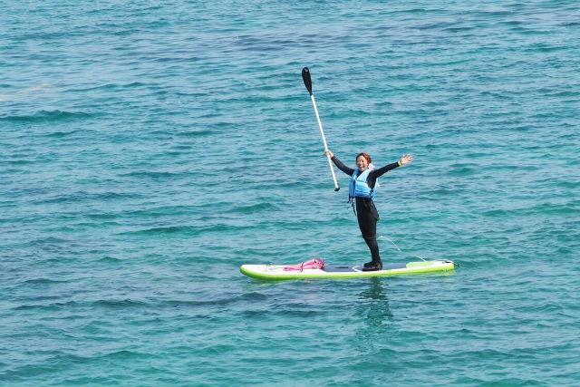 【沖縄・SUP】専門ガイドがレクチャー!初心者歓迎のSUP体験ツアー