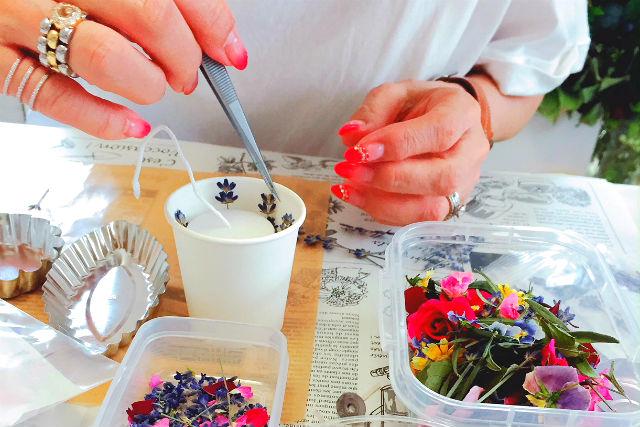 【茨城・手作りキャンドル】お花と香りのオブジェ!ボタニカルワックスバー作り