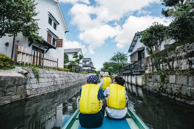 【佐賀・遊覧船】オランダハウス船着場出発!和舟(オランダハウス)に乗ってクリークを優雅に運航しよう!