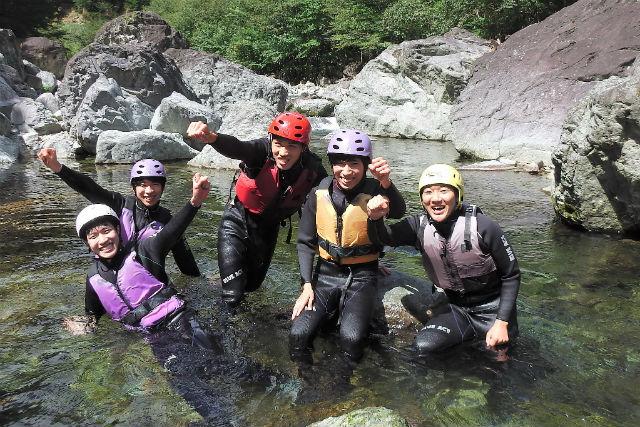 【栃木・那須・シャワークライミング】関東随一の清流へ!アドベンチャーコース(1日)