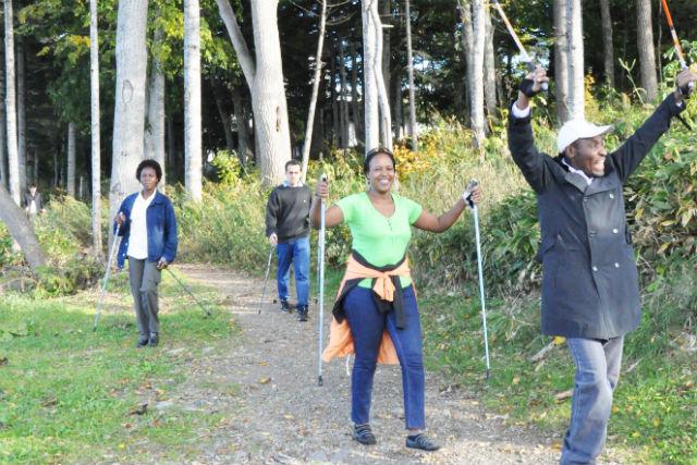 【北海道・阿寒湖・ウォーキング】自然の中を歩こう!ノルディックウォーク