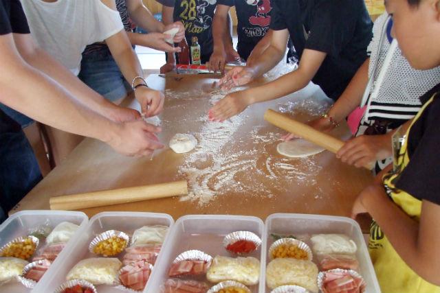 【青森・十和田・手作りピザ】石窯で焼き上げる絶品ピザ作り1時間!