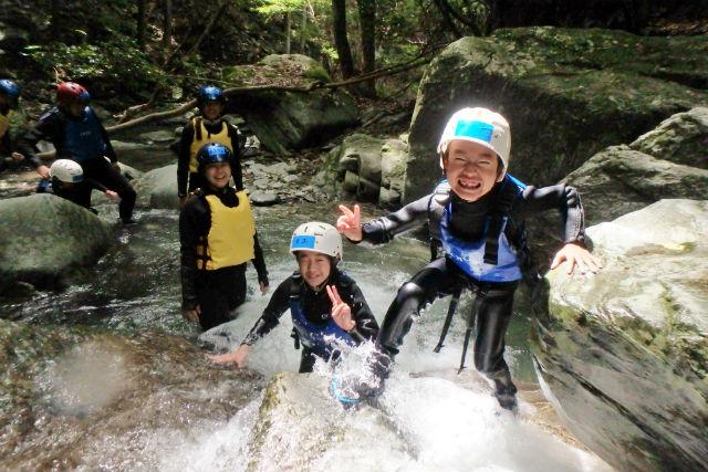 【徳島・シャワークライミング】祖谷渓シャワークライミング・ファミリーコース(小学生参加可)