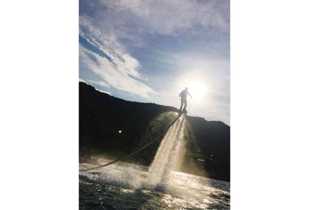 【香川・高松・フライボード】水圧で飛ぶフライボードを満喫!20分×2回満足コース